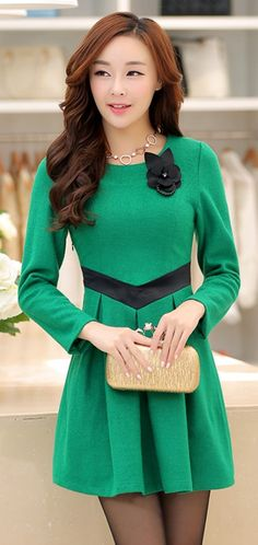 Green Long Sleeve A-line Dress with Black Waist-line YRB0650