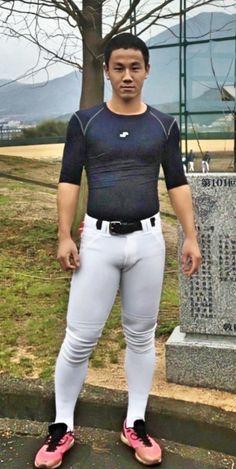 Hot Baseball Guys, Football Boys, Baseball Pants, Baseball Players, Japanese Baseball Player, Mens Running Tights, Men's Sportswear, Hot Asian Men, Sport Man