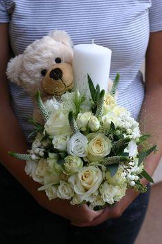Flowers of Soul: Lumanari de botez Pillar Candles, Knit Crochet, Wedding Flowers, Table Decorations, Knitting, Weddings, First Holy Communion, Tricot, Breien