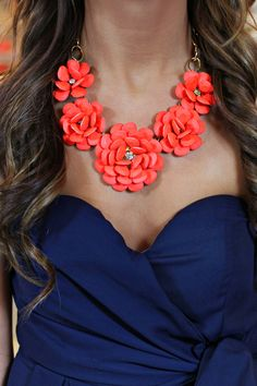 this necklace...love this color combination