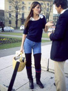 パリを代表するファッションアイコンといえば、やっぱりジェーン・バーキン?