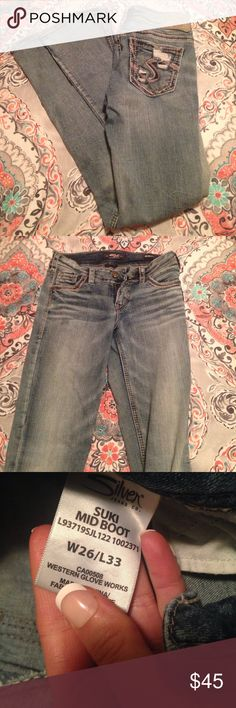 Light Wash Silver jeans Like New Love these jeans, but I don't wear boot cut very often anymore! Super comfy on. Size 26 but could fit a 27. I'm normally a 27 and these fit fine! Silver Jeans Jeans Boot Cut