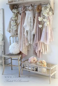 Vita Huset, soft colours