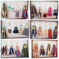 いいね!88件、コメント16件 ― ⏩⏩ A I ⏪⏪さん(@runera_handmade)のInstagramアカウント: 「少しずつマイペースに制作中 #ピアス #ハンドメイド #ハンドメイドピアス #accessory#love#cute#フリンジ #フリンジピアス #ビーズ #デニム #タッセル…」 Fabric Earrings, Leather Earrings, Leather Jewelry, Leather Craft, Beaded Earrings, Earrings Handmade, Crochet Earrings, Diy Hair Accessories, Handmade Accessories