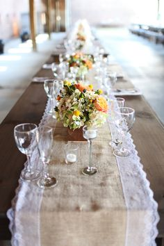 Rustic-chic burlap + lace table runners!