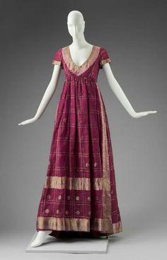 Evening dress by Arnold Scaasi, 1969 United States (NYC), MFA Boston Worn by Barbara Streisand