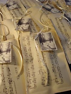 gift bags, do in Christmas carols with a vintage looking tag.  Cute.
