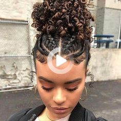 Top 25 updos for Black Women. Check out our list that incorporates everyday styles such as braids, twist, and locks that have transformed the boring updo. Cute Natural Hairstyles, Easy Hairstyles For Long Hair, Spring Hairstyles, Protective Hairstyles, Protective Styles, Natural Braids, Long Natural Hair, Long Curly Hair, Natural Hair Transitioning