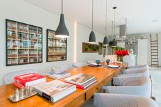 The charm of wood and gray. #decor #interior #design #wood #CasaCor #idea #casadevalentina
