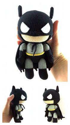 Knitting Dolls Free Patterns, Knitted Dolls Free, Free Crochet Bag, Crochet Amigurumi Free Patterns, Crochet Dolls, Batman Amigurumi, Crochet Batman, Crochet Disney, Crochet Projects