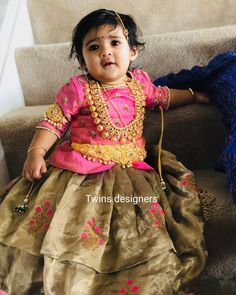 Discover recipes, home ideas, style inspiration and other ideas to try. Girls Frock Design, Kids Frocks Design, Baby Frocks Designs, Baby Dress Design, Kids Dress Wear, Kids Gown, Baby Girl Party Dresses, Dresses Kids Girl, Stylish Kids Fashion
