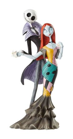 Enesco Disney Showcase Couture de Force Nightmare Before Christmas Jack and Sally Deluxe Figurine, Inch, Multicolor Jack Skellington, Sally Nightmare Before Christmas, Disney Figurines, Christmas Figurines, Jack Et Sally, Statues, Classic Disney Characters, Disney Gift, Walt Disney