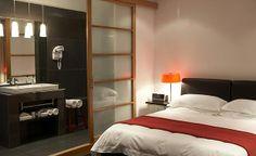 Small bedroom en-suite