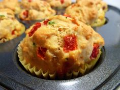 The Baking Fairy: mozzarella, basil, and roasted red pepper muffins Savory Muffins, Healthy Muffins, Breakfast Healthy, Brunch Recipes, Gourmet Recipes, Yummy Eats, Yummy Food, Mozarella, Eggs In Peppers