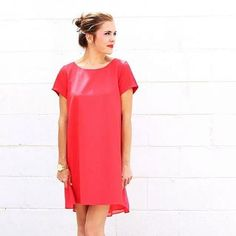What's your Saturday Suede? @patternsandpops pairs the perfect red dress with glō Mineral Suede in Bombshell.