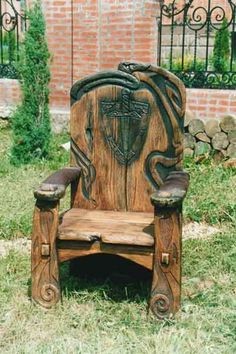Woodworking Tips and Tricks Rustic Log Furniture, Medieval Furniture, Wood Home Decor, Funky Furniture, Wood Furniture, Wood Shop Projects, Diy Furniture Projects, Wooden Baby Swing, Throne Chair