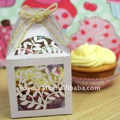 y food gradepaperfree ribbon mini cupcake box Leavesmake cupcake boxes in various colors MOQ 100pcseach color and design from professional manufacturer--YoyoCrafts Ourwedding boxarrives flat and they are very easy to assemble, they are amazing decorations for wedding, birthday party, baby shower, bridal showe