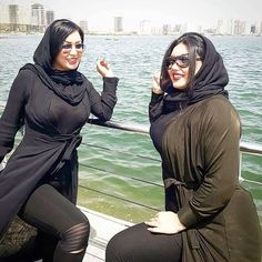 Arab Girls Hijab, Girl Hijab, Muslim Girls, Iranian Women Fashion, Arab Fashion, Girl Fashion, India Fashion, Fashion Dresses, Beautiful Iranian Women
