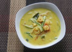 Kerala Shrimp Moilee (Curried Shrimp and Coconut Soup) - could do with other fish or maybe even tofu