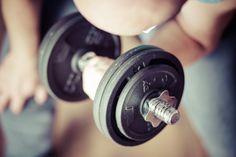 7 Tipps für Muskelaufbau bei Anfängern. Wenn Waschbär zu Waschbrett werden soll und die kleinen Fettpölsterchen langsam zu Muskelmasse werden, kann nur eine Kombination aus effektivem Training und gesunder Ernährung dahinterstecken. Doch was muss man als Anfänger beim Muskelaufbau alles beachten und in welche Fallen kann getappt werden? Wir haben für Ihren Muskelaufbaustart einige Tipps zusammengestellt, mit denen Sie effektiv durchstarten können und die typischen Anfängerfehler vermeiden.