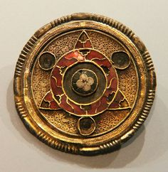 Jewelled disc brooch, Ashmolean Museum, Oxford  500-600C Anglo-Saxon