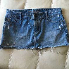 Abercrombie denim mini skirt Excellent condition Abercrombie & Fitch Skirts Mini