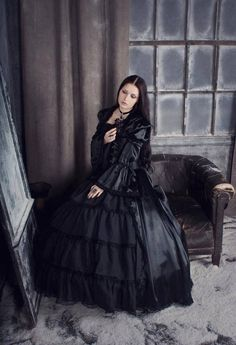 Visite o Blog Fashionismo Vamp: http://www.redevampyrica.com/home/?page_id=4279