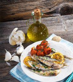 Braai, braai tips, marinades for braai, south afri Grilled Fish, Ribs, Grilling, Menu, Chicken, Vegetables, Ethnic Recipes, Food, Menu Board Design