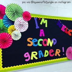 Wondering how to make giant bulletin board letters like this? Here are some EASY step-by-step instructions!
