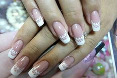 Beautiful wedding manicure styles for distinguished brides.