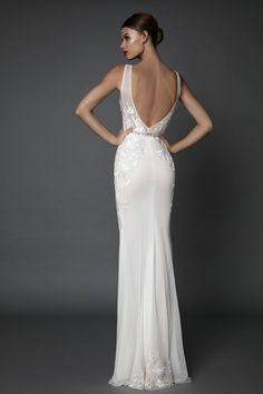 Amadis robe de mariée de Berta en exclusivité chez Nuit Blanche