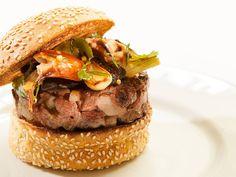 SHANGRI-LA HOTEL, PARIS     Terrasse La 8 Iéna – L'Asian-Style Burger (hamburger de canard et tourteau à la cantonaise)  •  Ma Sérendipité