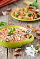Petits clafoutis à la rhubarbe un petit dessert acidulé de printemps