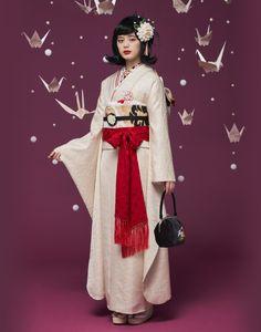 Pin by Yuuki Nishibayashi on 着物 Traditional Kimono, Traditional Fashion, Traditional Dresses, Kimono Outfit, Kimono Fashion, Fashion Outfits, Diy Fashion Photography, Landscape Photography, Scenic Photography