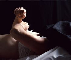 Andres Serrano, The Morgue (Rat Poison Suicide), 1992