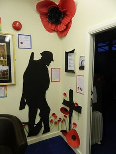 ww1 soldier silhouette display - Google Search Remembrance Day Images, Remembrance Day Activities, Remembrance Poppy, Remembrance Sunday, Classroom Fun, Classroom Displays, Classroom Organization, School Art Projects, School Ideas