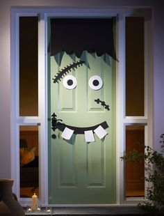 Halloween ideas - Create a freaky front door