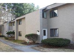 17 Hawthorne, Unit 17 South Burlington, Vermont 1 lvl / 2 bed / 1 bath / 1,189 sq ft $168,000 / $255/month HOA