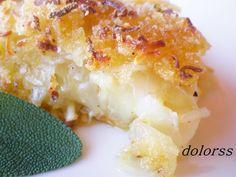 Gratinado de patatas, bacalao y cebolla