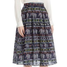 Mink pink flare elephant skirt Super cute! Zip up in back MINKPINK Skirts Midi