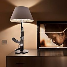 Guns - Table Gun: Discover the Flos table lamp model Guns - Table Gun