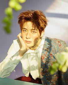 The wild adventures of Mina Yuta Johnny Sicheng and Ten. Jaehyun Nct, Jung Yunho, Valentines For Boys, Jennie, Jung Jaehyun, Kpop Guys, Most Beautiful Man, Fan Fiction, Taeyong