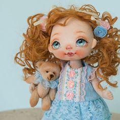 Sold #alicemoonclub #ooak #fabricdolls #handmade #clothdoll #heirloomdoll #cotton #dollsofinstagram #interiordolls #artwork #인형#娃娃 #dollscollector #artdolls #vintage #unique #picoftheday #puppet #dollmaker #etsyseller #like4like #dollstagram #handmadedoll #dollscollection #dollforsale #giftideas #dollfan #softdoll #etsyshop