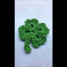 Crochet Shamrock pattern / Four leaf Clover St. Patricks Day | Etsy Crochet Puff Flower, Crochet Leaves, Love Crochet, Learn To Crochet, Crochet Flowers, Irish Crochet, Diy Crochet, Free Crochet Snowflake Patterns, Crochet Snowflakes
