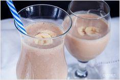 Koktajl bananowy Glass Of Milk, Shake, Baking, Drinks, Food, Diet, Drinking, Smoothie, Beverages