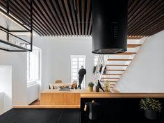 4 Fabulosas Residências – Habitare Country Modern Home, Journal Du Design, Two Storey House, Ground Floor Plan, White Ceiling, Contemporary Architecture, Amazing Architecture, Pavilion Architecture, Skylight