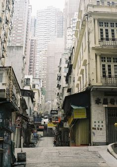Hong Kong Hill by Jaxx Analog on Flicr
