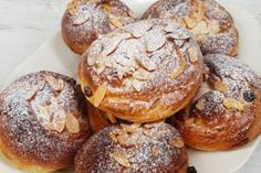 20x dokonalá bábovka   Apetitonline.cz Hamburger, Pavlova, Muffin, Bread, Breakfast, Morning Coffee, Brot, Muffins, Baking