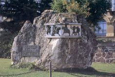 """The """"Stone of Roland"""" at Roncesvalles. Photo: Jaume (image is in the Public Domain)."""