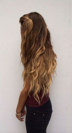 I WISH I could get my hair to be this long & gorgeous!
